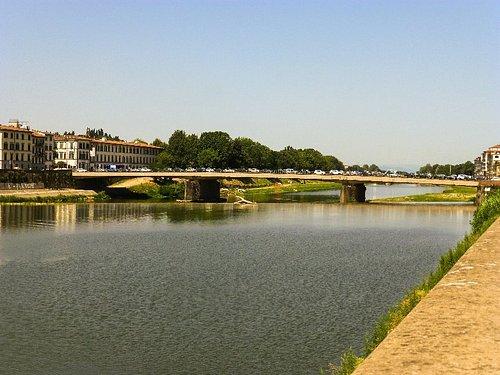 Puente Amerigo Vespucci