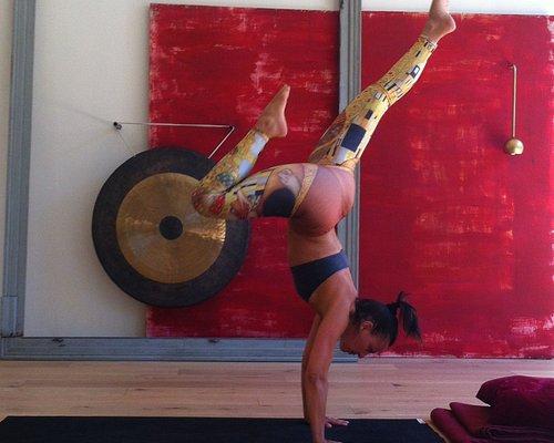 Vinyasa practice @ City Zen