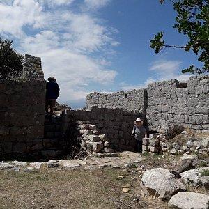 Sutvrac Fortress