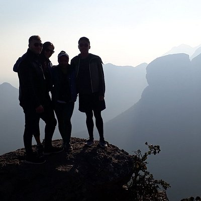 Mmilo Tours Guests at the Three Rondavels Viewpoint at the Blyde River Canyon