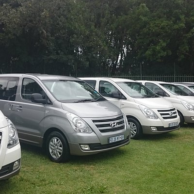 seats up to 8 pax perfect for touring, transfers and conferences