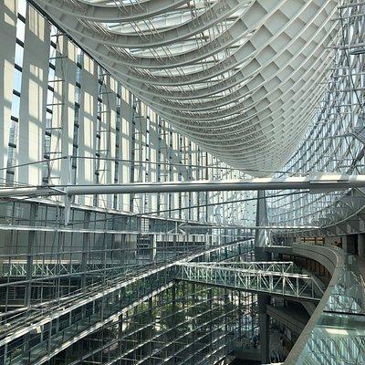 Interno del Tokyo International Forum