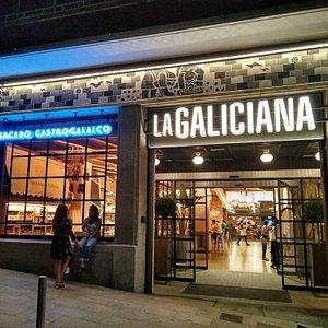 Descubre los Secretos de Galicia en el Mercado Gastronómico de La Galiciana