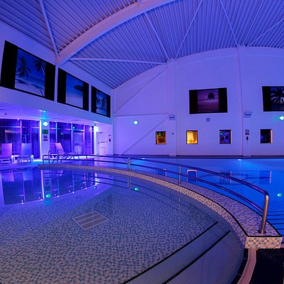 20 metre indoor swimming pool and children's pool