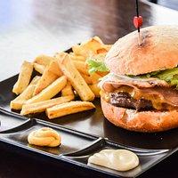 Nuestra hamburguesa Black Angus