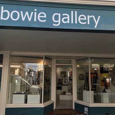 Bowie gallery, up near the top.