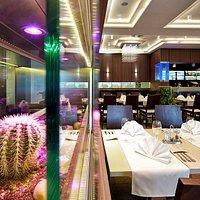 CuBe Restaurant - cactuses