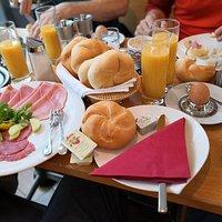 Breakfast 🥣
