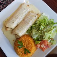 This the chimichangas plate, the taste excedd the presentaion