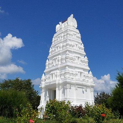 Gateway to Hindu Temple
