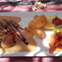 Noix de Saint-Jacques sauce morilles et accompagnement