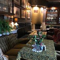 Café Brama decor