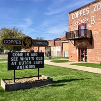 40 vendors display antiques, primitives, collectibles and more in an historic factory.