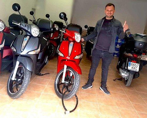 Moto Dragón rent a scooter in Benalmádena Málaga