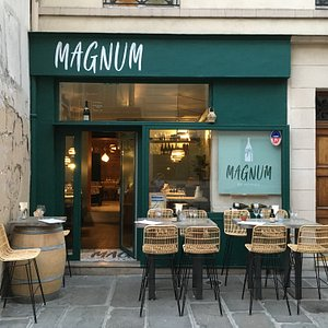 Magnum from street