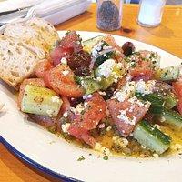 Fresh Greek Salad at Kentro Greek Kitchen - CA (09/Jun/18).