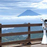 富士山の全景が見えました
