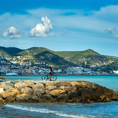 🔹Cycling Experience Tours 🔹Barcelona-Sitges Kili Cycling Tours offers cycling travels on deman