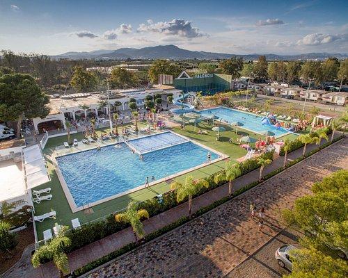 camping valencia bungalows - Devesa Gardens Camping & Resort Valencia Spain
