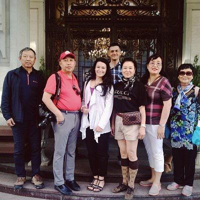 Hosted a group of tourists from China
