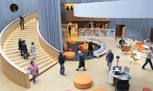 Atrium, espace Bandes Dessinées - Intérieur du Petit Volcan (© Erik Levilly - VDH)