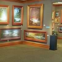 Diamond Head Gallery