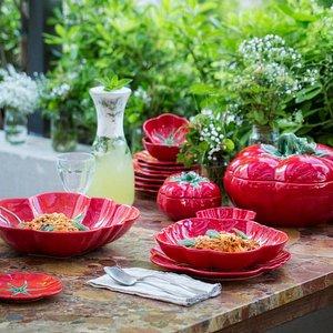 Bordallo Pinheiro artistic earthenware since 1884