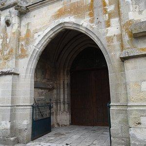 L'église Sainte-Mâcre