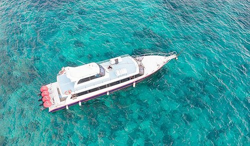Boat with Clear Sea