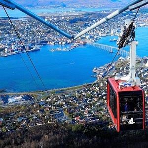 Red Gondola Fjellheisen