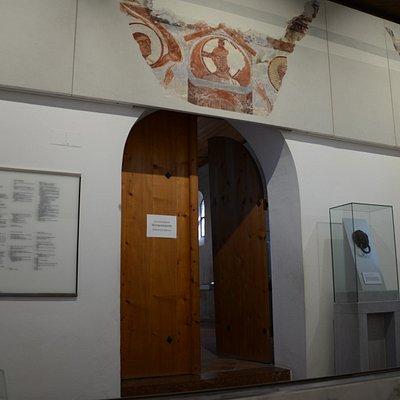 Wejście do kaplicy św. Michała w Torhalle