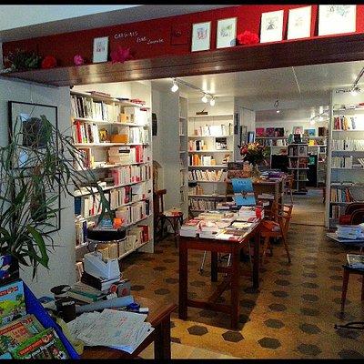 L'entrée de la librairie