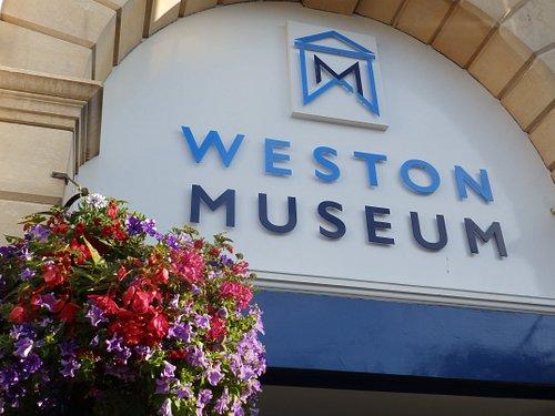 Weston Museum in bloom