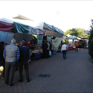 Mercato del martedì a Laveno