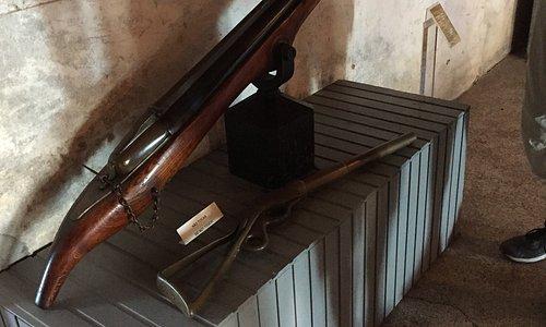 Amerikansk harpungevær som ikke bruges på Azoeerne