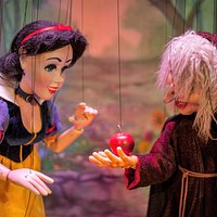 Snow White and the Old Witch