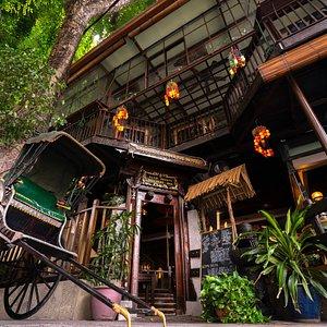 Anggun Boutique Entrance!!!