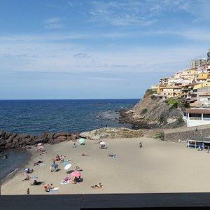 La plage vue de notre chambre à l'hôtel Riviera