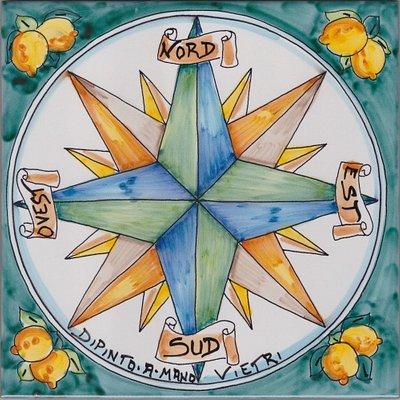 Rosa dei Venti in Ceramica di Vietri Kaleidos