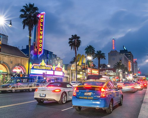 Insider tip: the Strip's top performance venues include the House of Blues, Key Club, Rainbow Bar & Grill, The Roxy, and Whisky A Go Go.