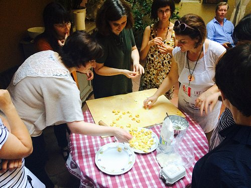 Cooking class with University researchers organised by Unibo
