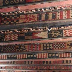 plafond de la Maison du Doyenné à Brioude