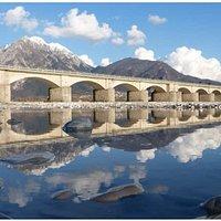 Braulins e le sue 5 Meraviglie.. Il Ponte,la Chiesetta,i lavatoi, Grotta di Pasqua Parete di arr