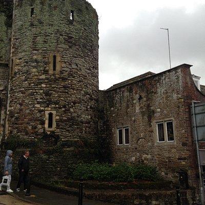 Landgate - tower