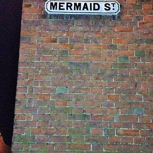 Top of Mermaid Street