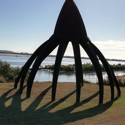 An interesting sculpture along the way.............