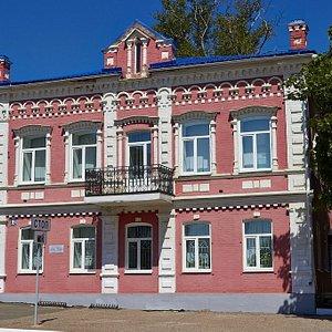 Фасад здания ММНК