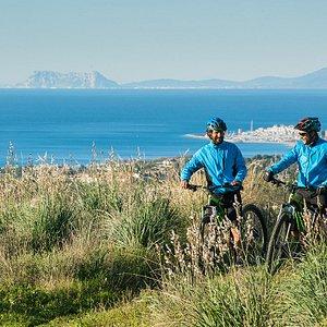 E-Mountain Bikes, white villages, view over Gibraltar, Mediterranean and Puerto Banus