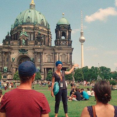 Berlin Tours, Español, Francais, Italiano / Vive Berlin Dom Fernsehturm