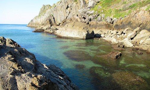 Playa Laga, junto al Peñón de Ogoño